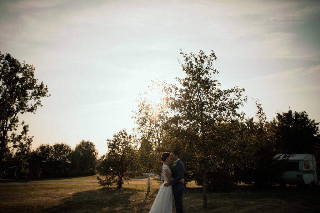 Séance couple au coucher du soleil.